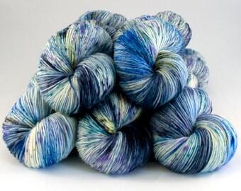 Smoothie Sock merino nylon hand dyed yarn 'Badoosh'
