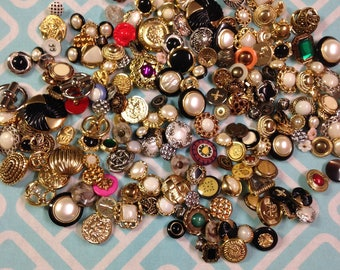 STUNNING Lot of 190 Fancy Plastic Buttons
