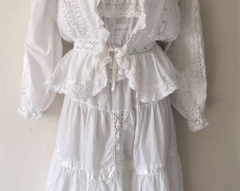 Vintage three piece white lacey outfit size medium 10-12.