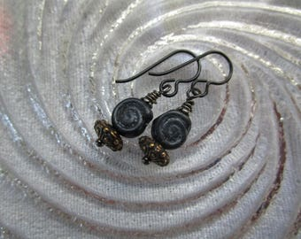 Little Spiral Czech Glass Matte Silver Black Earrings Simple Nautilus Glass Earrings Hypoallergenic Niobium French Hooks Bohemian Earrings