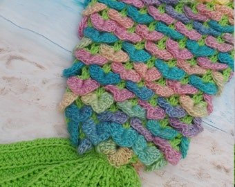 Mermaid tail blanket with fin -  Crocodile stitch  - Cocoon - Crochet afghan - ***MADE to ORDER****