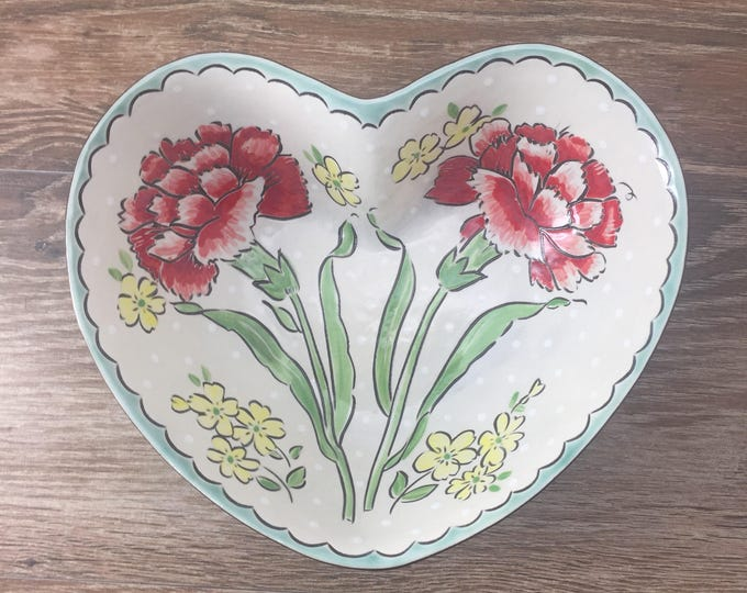 Featured listing image: Heart Shaped Serving Bowl with Red Carnations