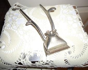 Vintage Barber's Hand Held Hair Clippers