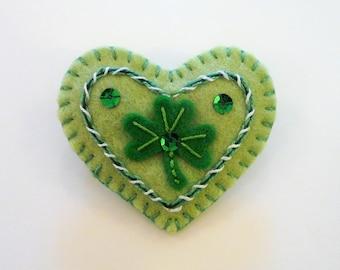 Felt Shamrock Brooch, St Patrick's Day Felt Brooch, Holiday Pin, Shamrock Pin, Shamrock Brooch, Felt Shamrock, Holiday Brooch, Irish Brooch