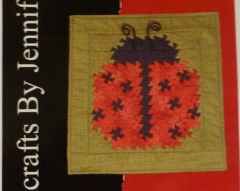 Summer Sale- Pattern - Ladybug Twist - Wall Hanging, Three Sizes using the Primitive Pinwheels, the Itty Bitty and lil Twister, Tools, pt114