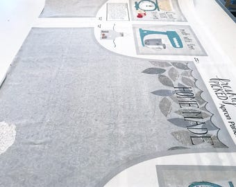 Wilmingtonprints apron Panel freshly picked