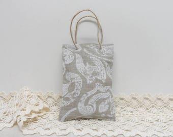 Linen bags. Small bags. Wedding favor. Gift bags. Burlap linen bags. Candy bags oatmeal linen color