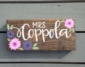 Teacher Name Sign, Custom Name Desk Plaque, Teacher Gift, Custom Hand Painted Teacher Gift, Gerbera Daisy Name Plaque, Stained Wood Sign