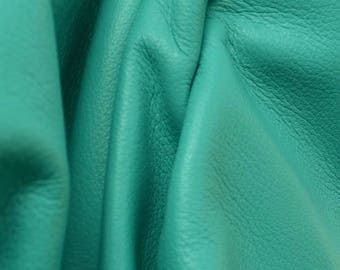 "Totally Teal ""Signature""  Leather Cow Hide 4"" x 6"" Pre-Cut 2 1/2-3 oz flat grain DE-52166 (Sec. 8,Shelf 6,D,Box 3)"