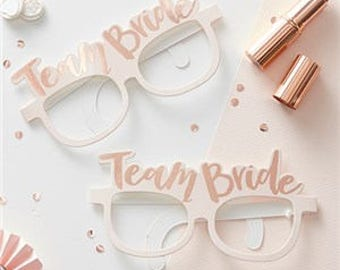 Team Bride novelty glasses, great for photos.