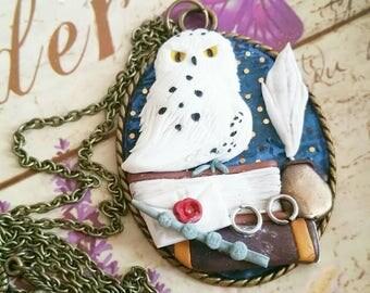 Edwige  Harry potter  theme book magic elder wand deathly  hallows