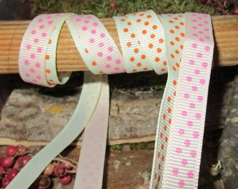 TOO22 DUO of ribbons 9mm wide pale yellow and cream with polka dots grosgrain Ribbon