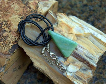 Free formed natural green stone Aventurine pendant love crystal talisman pendant