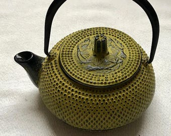 Early Vintage Signed Japanese Teavana Cast hand-crafted Yellow Teapot
