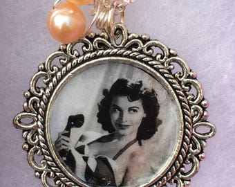 Sirens -Handmade Pendant- Freshwater Pearls, Silver Vintage Style Framed Photograph-image Ava Gardner