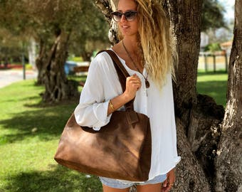 Sale!!! brown large leather bag, Distressed leather handbag, top handle bag, large leather purse, Optional: Another bag's colors