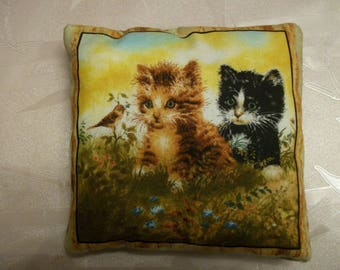 Small cushion pattern kittens N:2.13 x 13 cm
