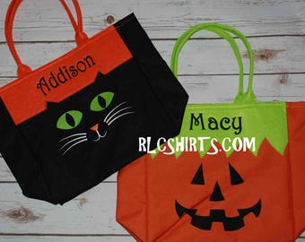 Monogrammed Halloween Tote. Personalized Trick or Treat Fall bag. Monogrammed Fall Bag. Personalized Treat Bag. Halloween Tote. Candy Bag