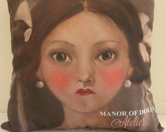 "Cushion Manor of Dolls ""Katalina"" color"