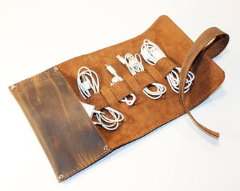 Leather Cord Wrap with Pocket, Leather Cable Organizer, Cord Roll, Cord Organizer, Handmade Roll Up Case. Brown Crazy Horse Cord Wrap.