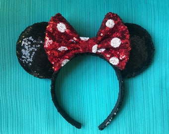 Classic Minnie Mouse Ears with Polkadots