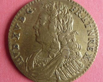 Interesting French Medal/Jeton Of King Louis XV Issued Between The Years 1726 and 1741. Nice Condition.
