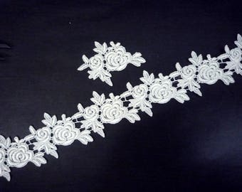 1 feet (6 pcs) Raw White Flower Lace Patch Motif Applique sew on dress or evening gown can cutted into piece to use A46