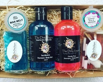 Vegan Gift for Couples, Suitable for Bath or Shower, Spa Gift, No Animal Testing or Ingredients, SLS Free, His & Hers Gifts, Him and Her