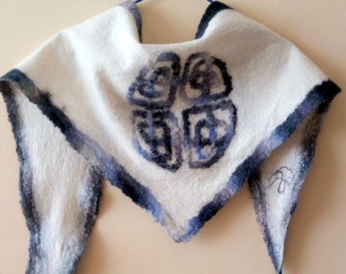 Triangle wool shawl Celtic knot shawl Neck warmer Neck bandana Felted wool shawl Fall felt scarf Winter shawl Gift for her Winter scarf