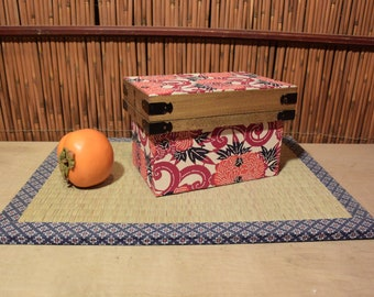Japanese Wooden Rectangular Tea Caddy Wasabi Paper Cover
