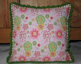 Cotton cushion & crochet - pink / green