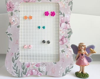 Floral earring holder, earring organizer.
