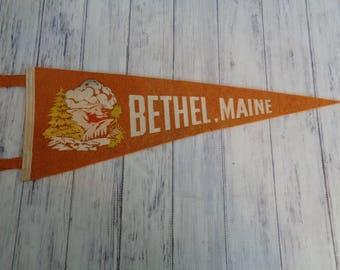 Vintage Felt Travel Pennant Bethel Maine, 1960s Era Travel Souvenir New England Orange And White
