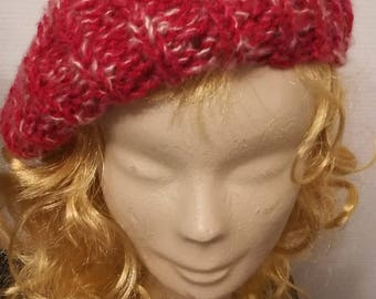Beret/Hat - Red/white soft acrylic