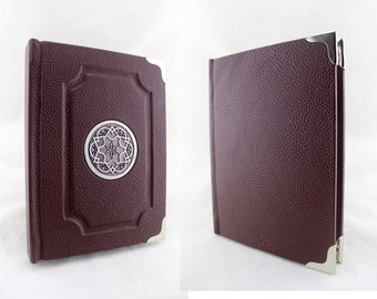The element 4 & player's notebook