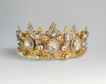 Wedding crown in the style of D&G Shine