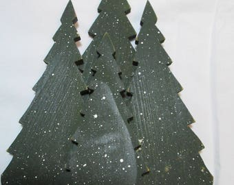 "Small wooden Christmas trees, 9"" x 6.5"", rustic, a group of four- connected"