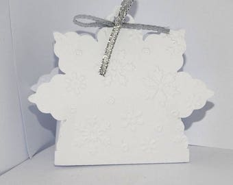 Silvery white snowflake Christmas box