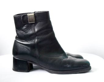 Vintage black leather boots | size 7.5/8 US