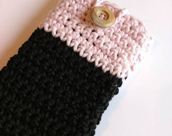 Mobile phone case pink black phone case with wooden button crochet phone Accessories ready to ship gift for teens organization ideas