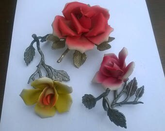 3x Vintage porcelain rose Capodimonte hand made and painted in Italy (3 pieces)