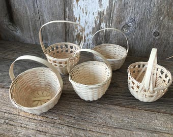 Neat Set of 5 Hand Woven LIttle White Baskets