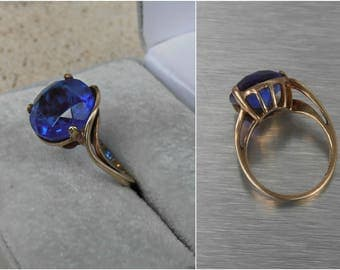10K Gold Ring, Sapphire Blue Gemstone, Unusual Asymmetric Solitaire Setting
