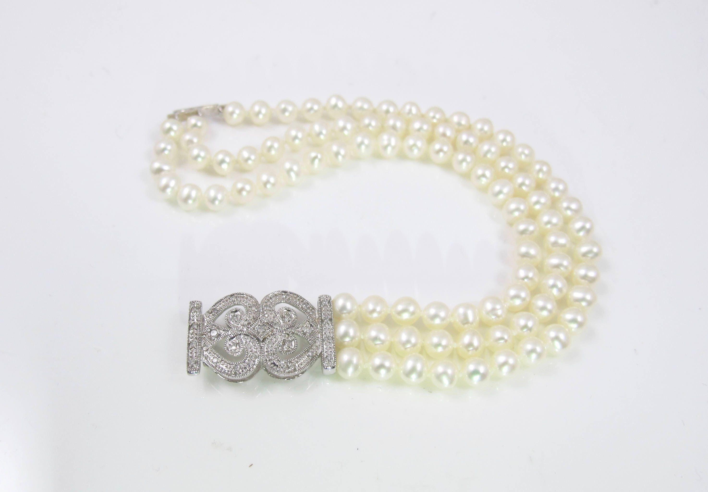 gold diamond enchanted mop white of pearl lotus bracelet mother grey