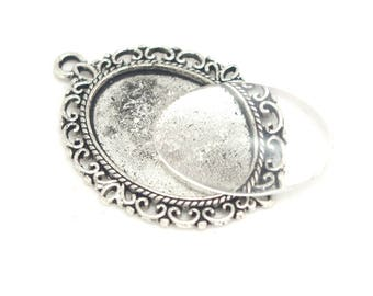 Oval Pendant serrated silver metal and glass 25x18mm cabochon