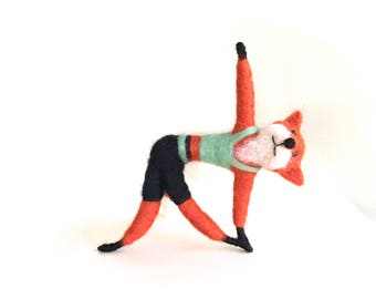 Funny gift for her yoga gifts yoga figurine yoga funny yoga figurine yoga poses red fox yoga animal decor fox needle felted fox felting cute