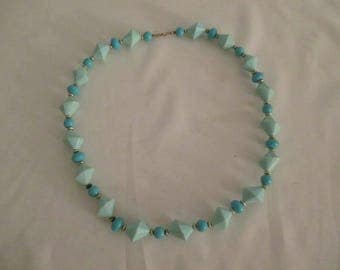 Vintage 50's Necklace w/2 Shades Turquoise Bakelite? Conical & Round Beads ~ 20""