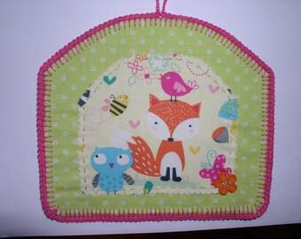 Fox fabric, felt and crochet table