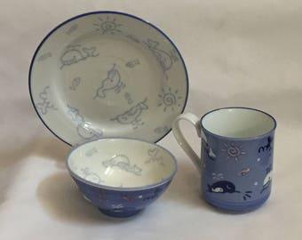 Kotobuki Sehen Bowl, plate and cup Childrens set, light blue with pink splashes
