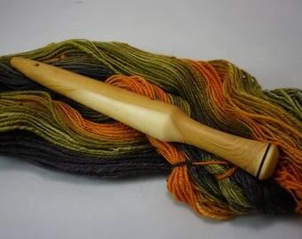 Nostepinne. Hand turned wool winder. Yew wood.